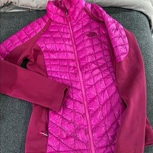 The north face fuchsia jacket S